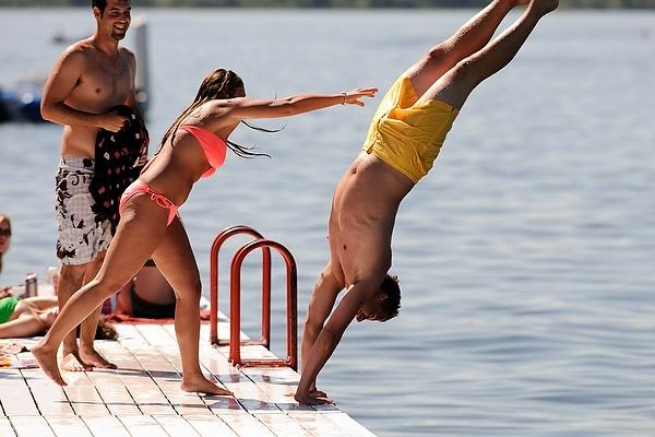 Terrace_swim_pier10_2404