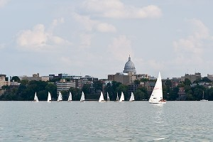 sailboats_Lake_Mendota09_4171